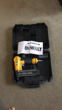 DeWalt cordless hand drill with case Sherwood Park, T8A 5T6