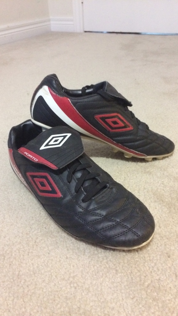 Soccer cleats (size 10)