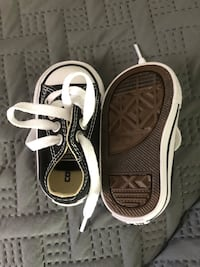 Size 2 converse  Powell, 37849