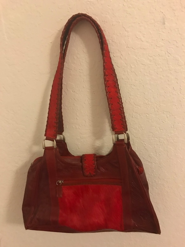 33a9999807ca Used Red Leaders in Leather Purse - Made in Paraguay U.S. PAT. 5,274,889  for sale in Tulsa - letgo