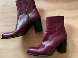 PRADA Women's ANKLE BOOTS Burgandy Size 38 BOOTIES