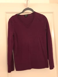Burgundy Sweater Columbia, 21044