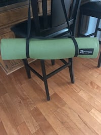 Zenergy elite Roll & store/carry mat. Great for exercise/picnic Silver Spring, 20905