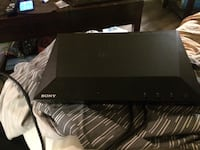 black Sony DVD player with remote Gatineau, J8T 3H2