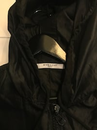 black and gray Columbia zip-up jacket Coquitlam, V3E