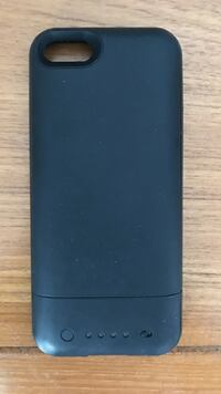 Mophie iPhone 5s charging pack Toronto, M5V 0E4