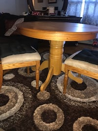Dining set  Mississauga, L4X 1S9