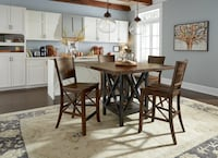 Flexsteel Carpenters Dining Set