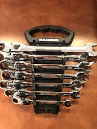 Flex head ratchet wrench set Calgary, T3K 5Y5