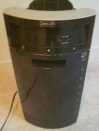 black and gray humidifier works awesome  Calgary, T2K 5C4