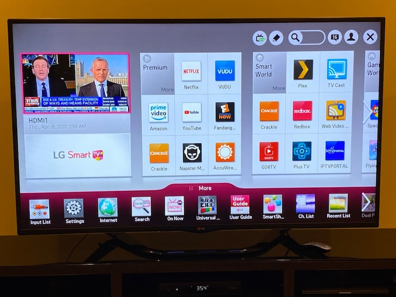 """LG 60"""" HD-3D Smart TV + TV Stand (with drawers) b7aca42c-7764-4f17-bb70-bedcc0833829"""