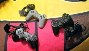 Playstation controllers 3 of them