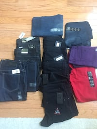 Brand New Assorted men Stretchable 13 pieces  Jeans ( sizes 34,33 and 32 Douglasville, 30134