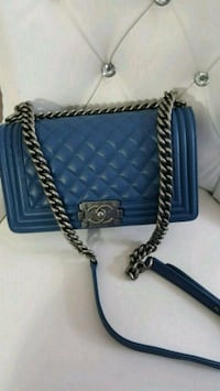 quilted blue Chanel leather crossbody bag 542 km