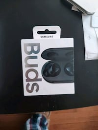 USED samsung galaxy buds