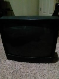 black CRT TV with remote Berea, 40403