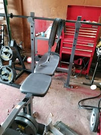 black and red bench press Maxwell, 69151