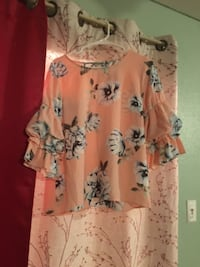 TJ Maxx pink flowered blouse  Los Angeles, 90002