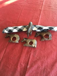 Set Of Four Vintage African Zebra Napkin Rings Hand Carved and Painted/Wood Brookfield, 53045