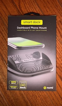 Brand new phone mount for car dashboard mount  Alexandria, 22310