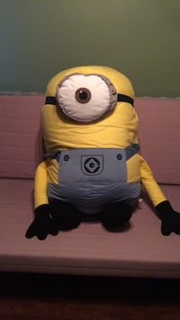 Giant Minion St Catharines, L2S 2J4