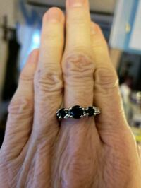 Silver black stone ring size 7