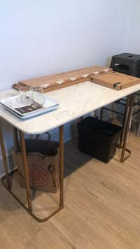 white and brown wooden table Los Angeles, 90039