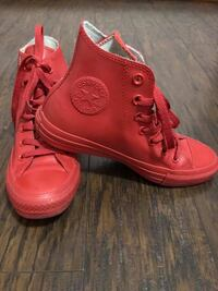 Converse Chuck Taylor Leather Shoes Oklahoma City, 73159