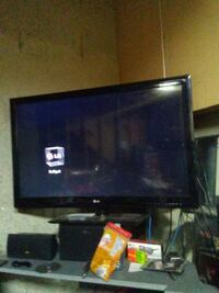 "42"" 3d flat screen TV with remote Edmonton, T6K 3S6"