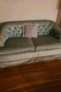 tufted baby blue  2-seat sofa Annandale, 22003