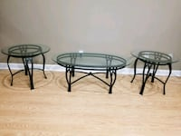 Oval shaped coffee table abd 2 side tables Little Rock, 72210