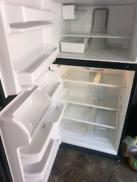whirlpool or maytag fridge use but great condition side 32 warranty The Bronx, 10473