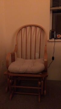 Rocking chair, great condition.  Langley, V2Z 1M5