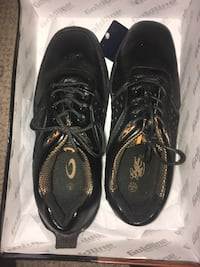 Curling shoes (goldline bronze Toronto, M3L 1X8