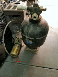 Pool sand filter and pump Airdrie