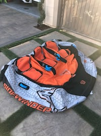 3 person inflatable tube - barely used Los Angeles, 91311