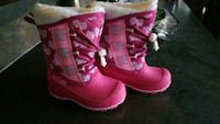 Size 7 toddlers girls winter boots  Edmonton, T6X 1L2