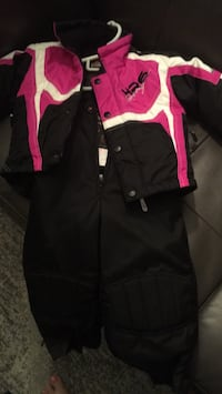 2T Choko Powersports snowsuit - new condition - worn once - reg price $199.99 Ingersoll, N5C 4G1