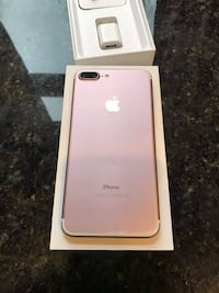 rose gold iPhone 7 plus with box Vancouver, V6E 1J2