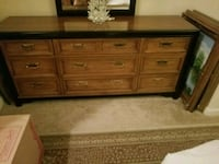 brown wooden 6-drawer lowboy dresser New Port Richey, 34654