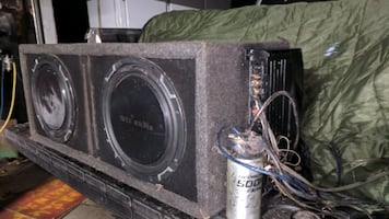 subwoofer with 2 MTX audio 12-in speakers