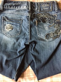 Blue GUESS denim bottoms size 25 Edinburg, 78539