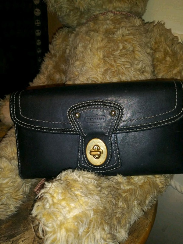 35b386132dca Used Coach Wallet Very Nice Black Leather & Pink - $20 for sale in Fort  Worth - letgo