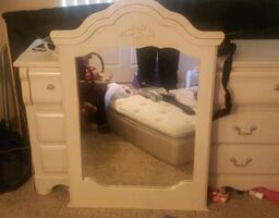 Ashley Furniture twin bedroom set