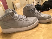 Air forces size 9.5.. Haverhill, 01832