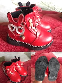 Size 6C, toddler boots Richmond, V6X 1P6