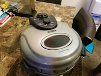 round gray and black Bella electric cooker Oceanside, 92058
