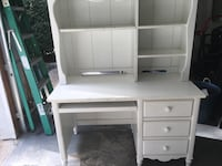 white wooden single pedestal desk Brookhaven, 11786