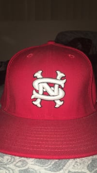red and white fitted cap Los Angeles, 91343
