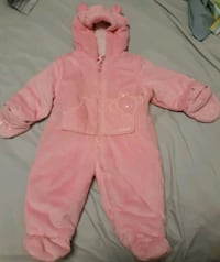 Baby Girl's Winter Suit size 6-9 mths Milwaukee